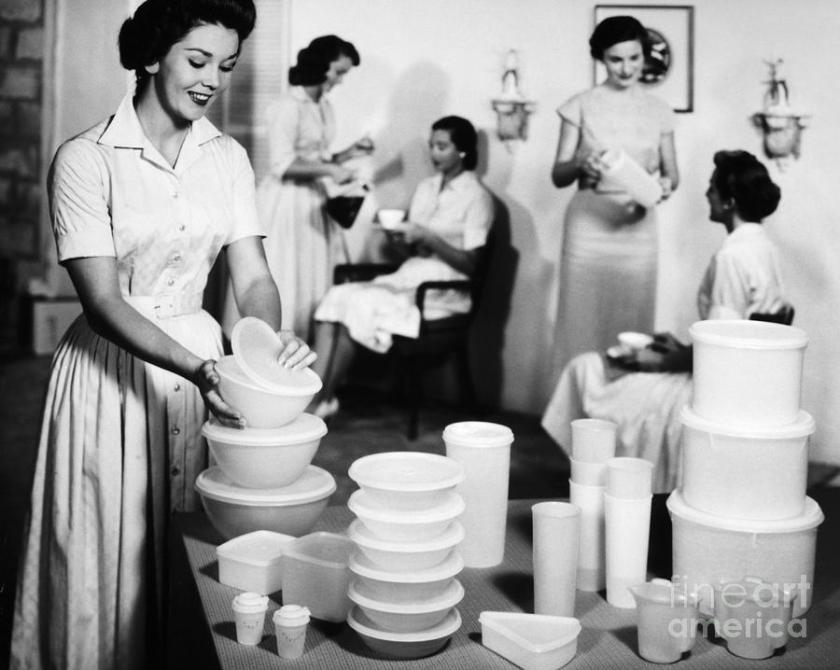 1-tupperware-party-1950s-granger